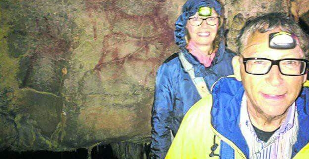 """Visita a la cueva de """"La Garma"""" con el Sr. Stuart Weitzman"""